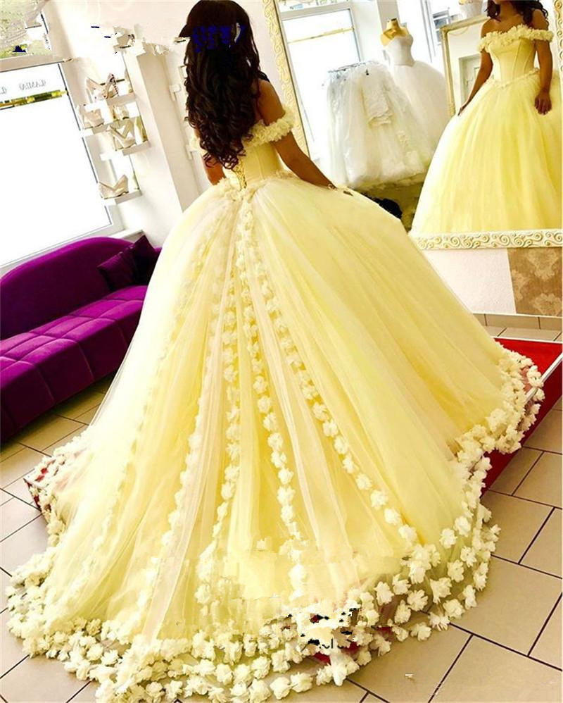 2019 Yellow Ball Gown Quinceanera Dresses 3D Floral Flowers Off Shoulder Sweet 16 Plus Size Princess Tulle Masquerade Prom Gowns(China)