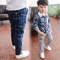 Varejo 2016 Nova primavera calças de menino grande menino calças de algodão xadrez menino maré versão Coreana designer listrado calças 4-14Years T0151
