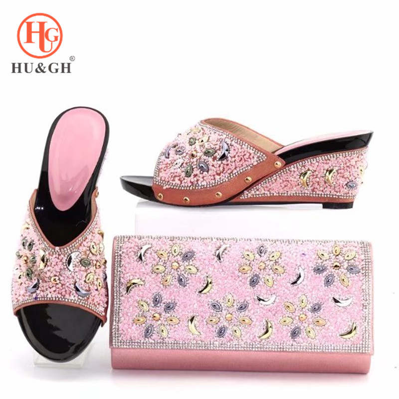 2018 New Shoe and Bag Set Women Shoes and Bag Set Italian Pink Color Italian Shoes with Matching Bags Set Decorated with Stone ladylike women s tote bag with solid color and daisy embossing design
