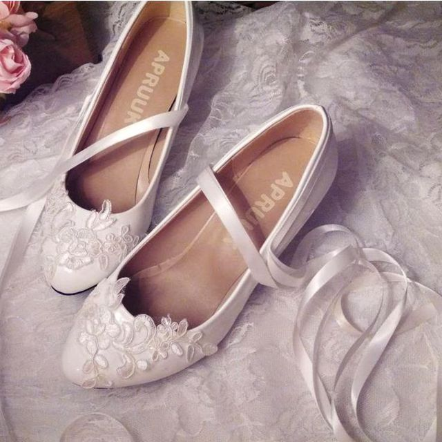 Low heel lace wedding shoes woman round toe slip on lace brides wedding  shoes satin ribbons straps bridal pumps shoe plus size ccb0e296ae31