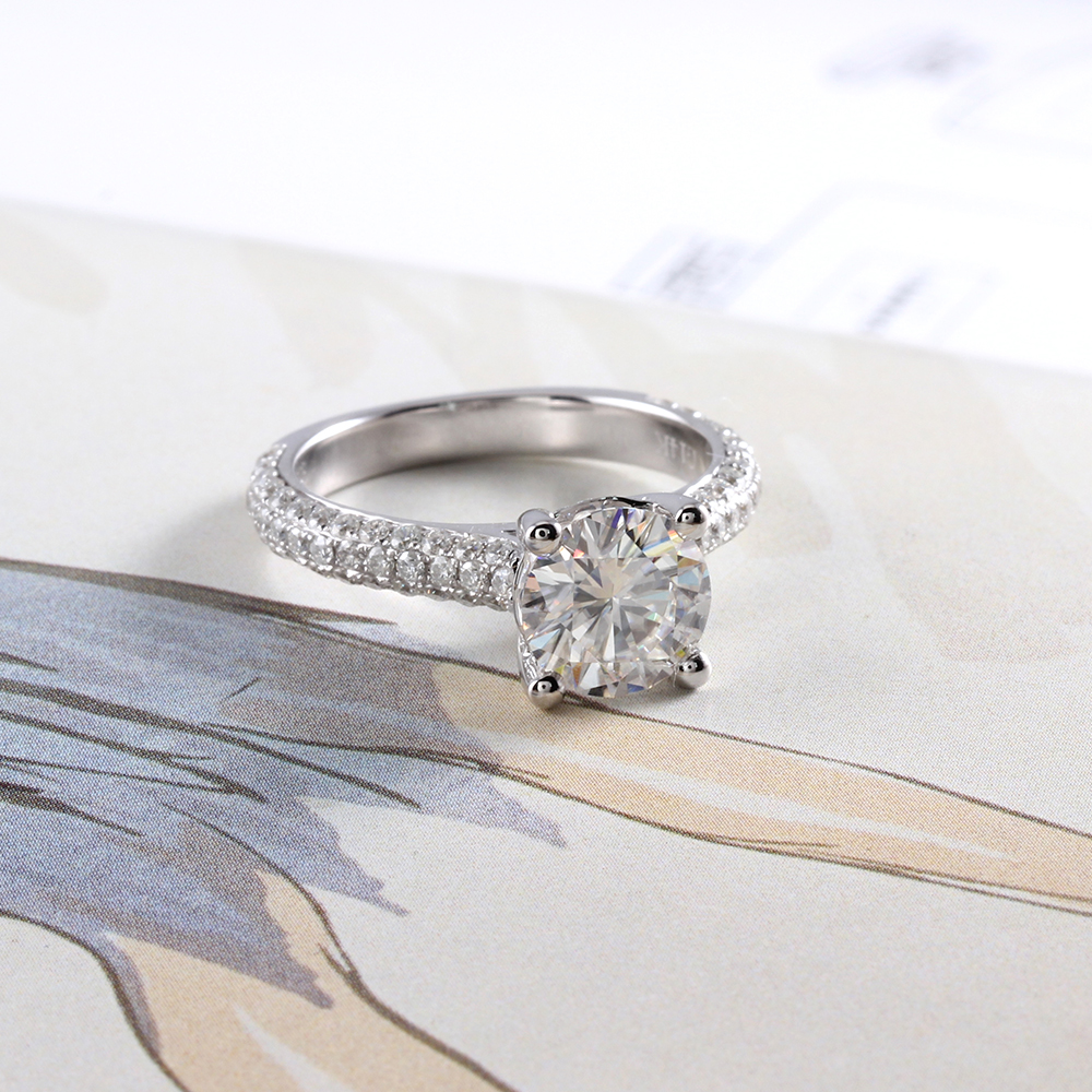 moissanite ring with accents (6)