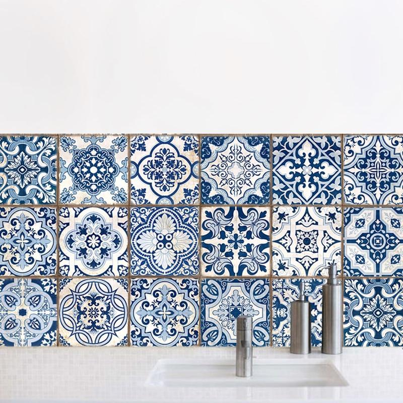 Toilet kitchen decoration simulation Blue and white ...