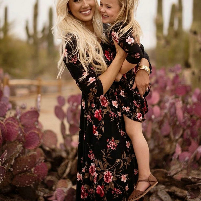 Family Look Mommy And Me Dress Autumn Long Sleeve Mother Daughter Winter Dresses Matching Clothes Flower Printed Long Maix Dress