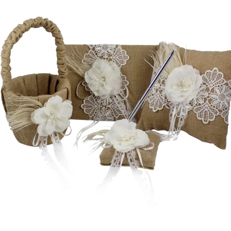 4pcs / set 빈티지 헤센 Burlap 결혼식 방명록 & 펜 세트 & 반지 베개 & 꽃 깃털을 가진 바구니 Bridal Decoration Supplies