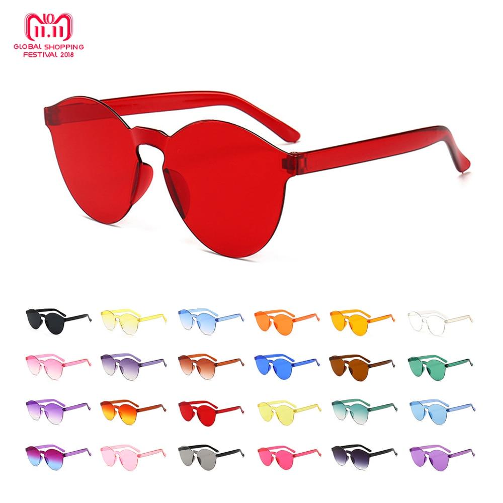 Vente 2019 Mode Femmes Cat Eye Shades De Luxe lunettes de Soleil Intégré  Lunettes Bonbons Couleur UV400 Pas Cher Prix 3ed8e27cf28c