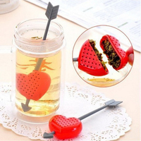 free shipping Silicone Strawberry Design Loose Tea Leaf Strainer Herbal Spice Infuser Filter Tools Coffee Filters     -