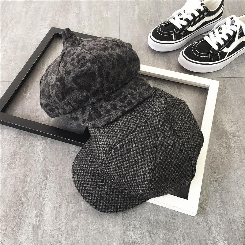 Shevipshe Cosplay Beret Detective Sherlock Holmes Deerstalker Hat Men Women  Berets Cap Peaked Caps Casquette Chapeau Feminino-in Berets from Apparel ... 41baa359603c