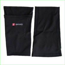 2016 New Soccer Shin Guards Holder Soccer Socks for Football Protective Pads