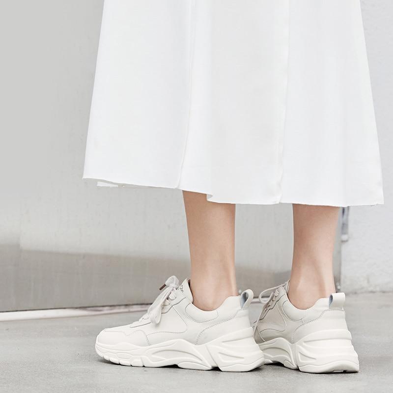 Buty kobieta 2019 trampki damskie skórzane białe przypadkowi buty 5 cm w Damskie buty z gumową podeszwą od Buty na  Grupa 2