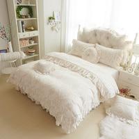 Super soft and warm velvet bedding sets princess lace velvet coral fleece bed set with skirt three/four piece bedding sets
