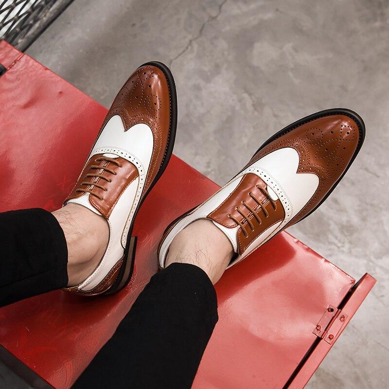 Nouvelles couleurs mélangées hommes chaussures Vintage britannique vache en cuir chaussures habillées formelles sculpté Brogue affaires décontracté mariage Banquet chaussures