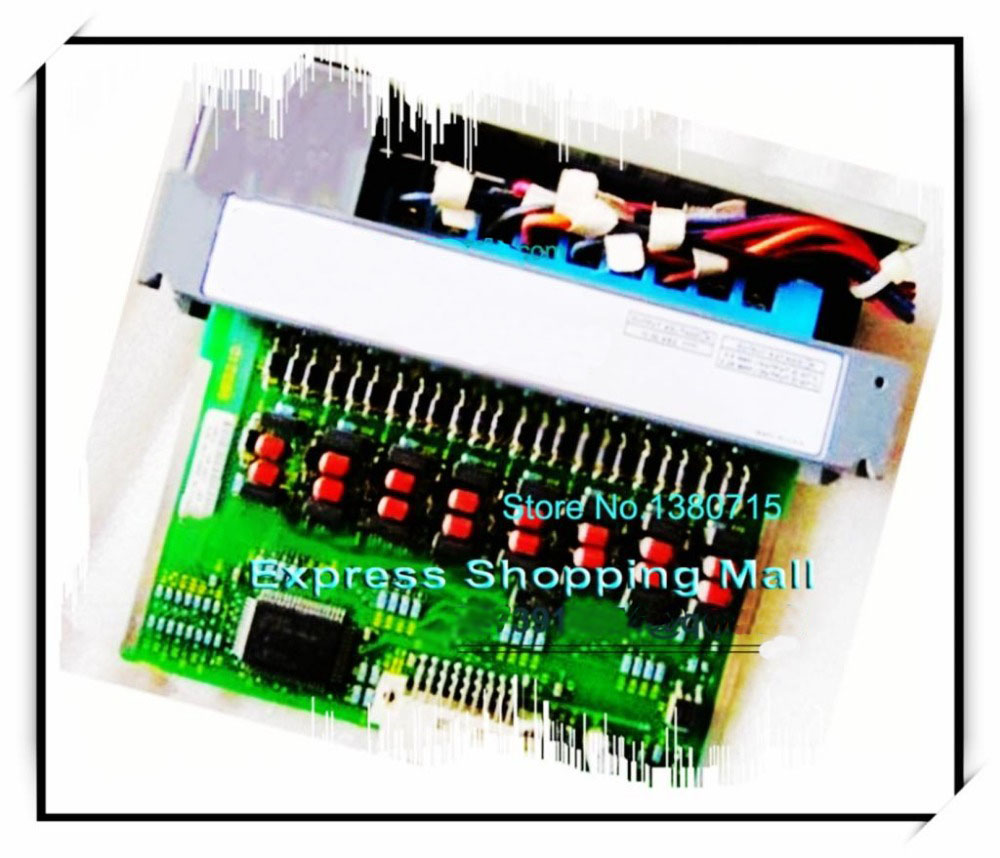 Nouvelle Source DC d'origine 1746-OB16E PLC 10-30 V sorties cc fusionnées électroniquement qui se réinitialisent automatiquement