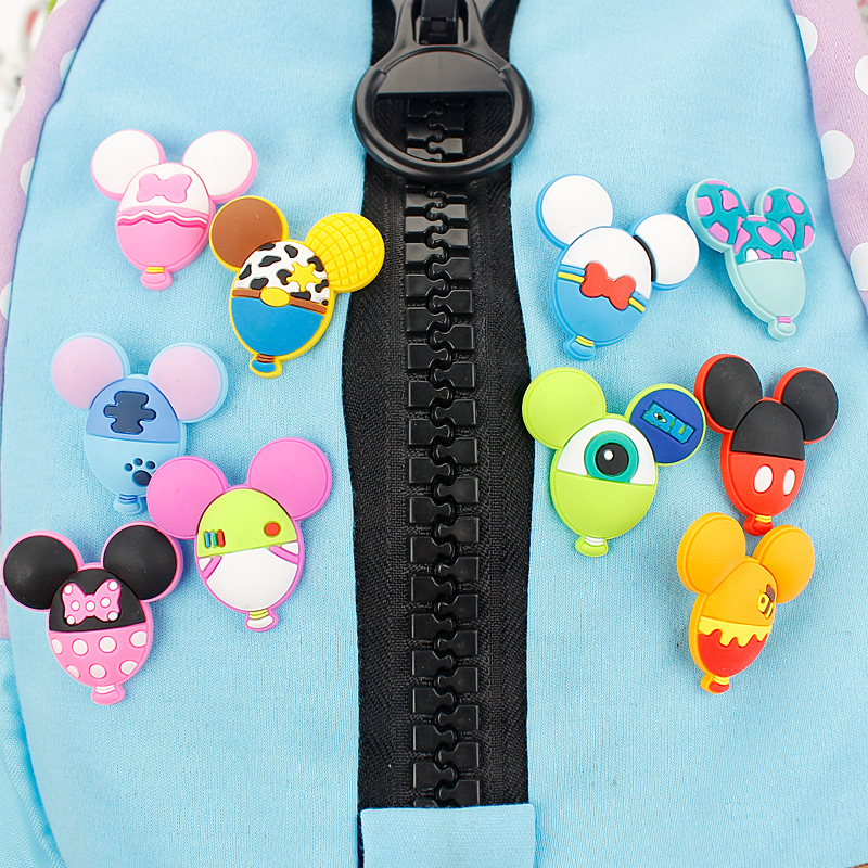 3PCS/Lot Kawaii Stitch Daisy DIY Badge PVC Safty Pins Bath Popeyes Badges Accessories for Kid Gift Cute Korean Stationery Store