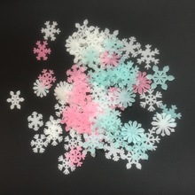 50PCS Glow in The Dark Snowflake Wall Stickers Colorful Luminous planets Toys Fluorescent Painting PVC Decor for Kids Room