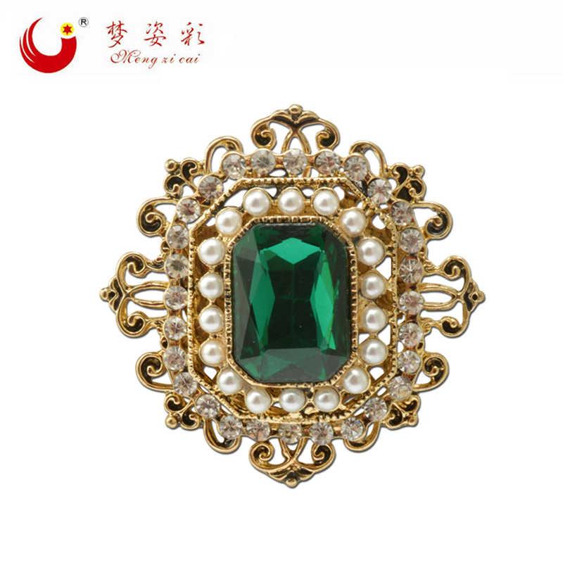 956424447b1db Vintage Bohemian Green Crystal Round Brooch Pin Female Retro Badge ...