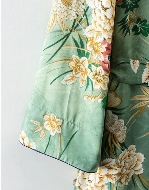 HTB1 BRoQXXXXXXfXXXXq6xXFXXXX - Ethnic Flower Print with sashes Kimono Shirt Retro Tops blusas