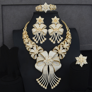 Image 3 - Siscathy תכשיטי הצהרת יוקרה סט CZ גדול פרח צווארון שרשרת להתנדנד עגילי צמיד תכשיטי נשים חתונת סטים