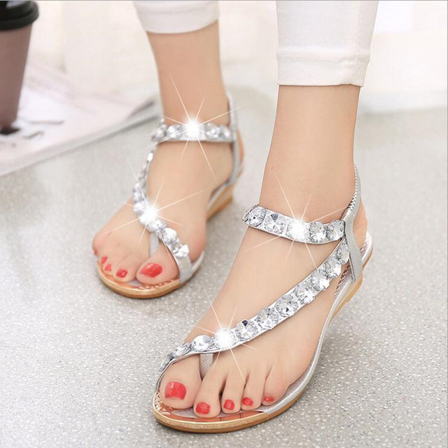 df7f5c318c6d3 2016 Summer Korean Stylish Flat Sandals With Rhinestones Women College Wind  Students Sandals