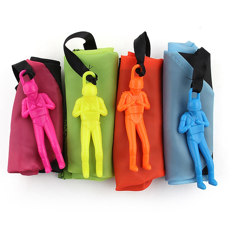 Toy Soldier Outdoor Children`s Hand Throw Parachute Toys - Random Colors Sports Children`s Educational