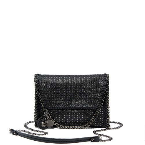 2017 new skull bag small square package fashion nail chain bag street trend in Europe and America shoulders Messenger bag europe station genuine leather joint capacity mommy fashion trend both shoulders foreign trade woman package generation hair