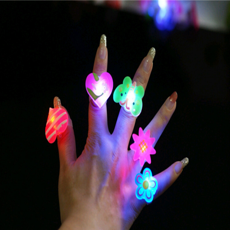 Flashing Rings Best Selling Soft Rubber Led Toys Cartoon Flash Brooch Funny Bling Toys Party Celebration Rings