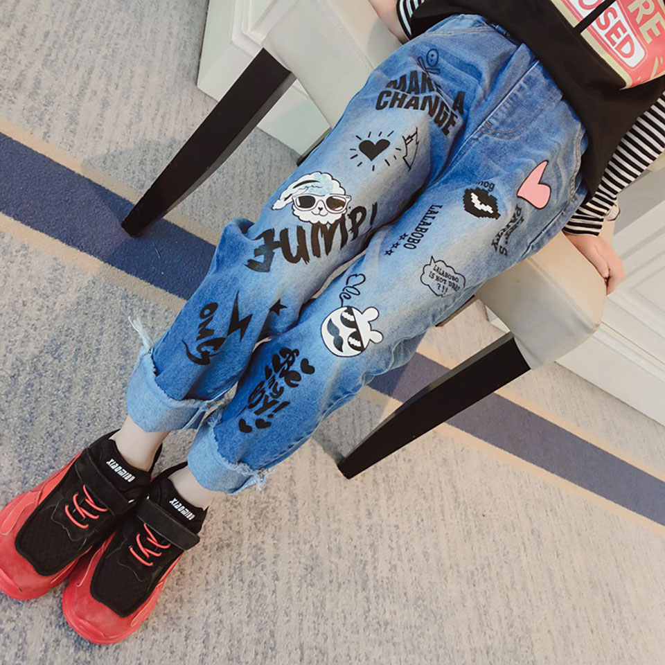 New 2018 Spring Baby Girls Clothes Cute Cartoon Print Girls Jeans Long Denim Pants Fashion Novelty Casual Blue Girls Trousers jeans womens 2017 spring korean fashion vintage badge ripped blue denim pants trousers long pencil pants jeans femme b67