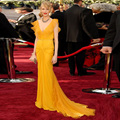 Fashionable Marigold Mermaid Celebrity Dresses Chiffon V Neck Long Evening Dress Sweep Train Cap Sleeve Formal Women Party Gown