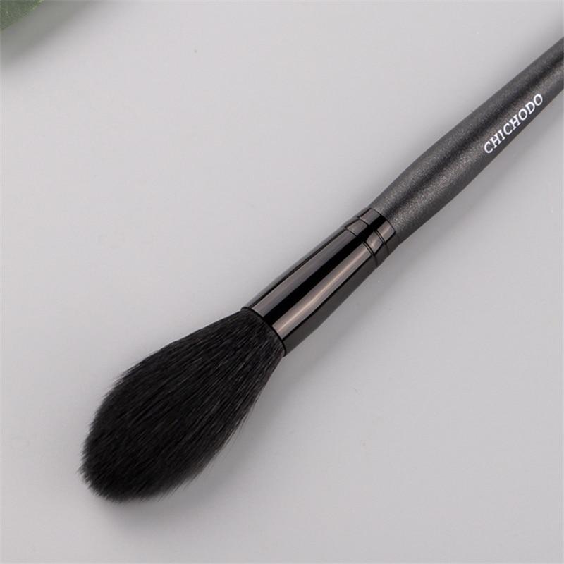 1 Pieces Goat Hair Long Handle Face Makeup Highlighter Blending Brush Blush Brush Concealer Brush Beauty 3