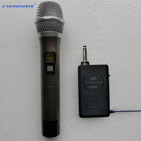UHF auto searching frequency handheld portable wireless microphone system for teaching show chorus mini digital USB megaphone