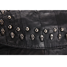 iPinee Casual Women Purses And Handbags High Quality Sheepskin Genuine Leather Skull Bags With Chain Decoration