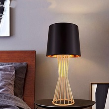 American minimalist Modern table lamp light LED tafellamp bedside bed lamp table lamps for bedroom Living room dining room table lamps princess modern minimalist bedroom bedside lamp wedding garden