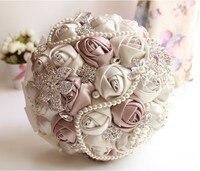 Gorgeous Zroszony Kryształ Bukiet Ślubny Sztuczne Sapphire Ivory Rose Flower Pearl Bukiety Ślubne Druhna