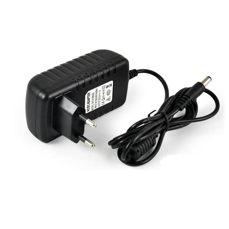 Metal 110V-240V 50-60Hz AC a 12V DC Adaptador de Corriente para autom/óvil de la UE Adaptador Convertidor Encendedor; Negro Candybush Pl/ástico Universal