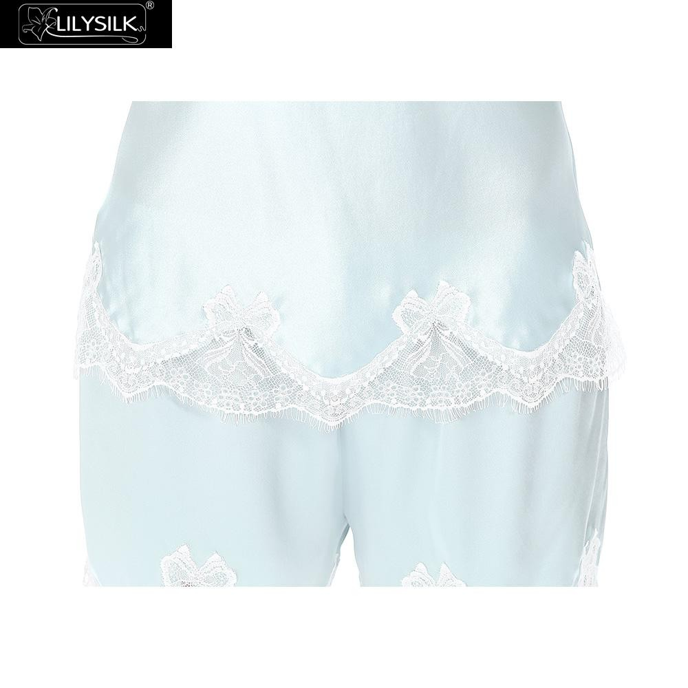 1000-light-blue-22-momme-sexy-lace-silk-tap-pant-01