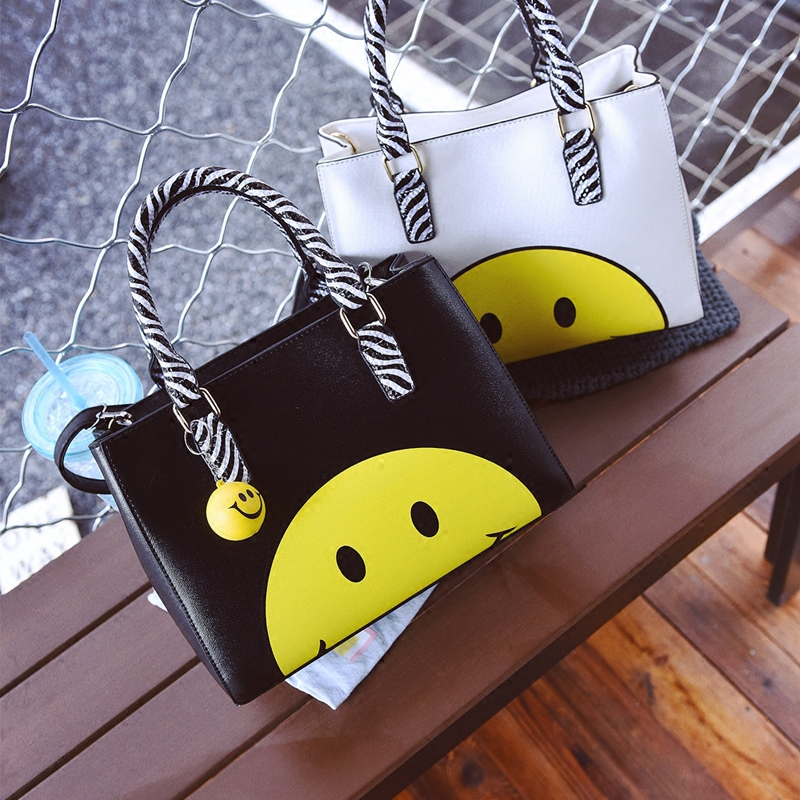 ФОТО New Brand women's handbag smiley bag big bag handbag brief women's bags large capacity shoulder bag all-match Christmas Gift