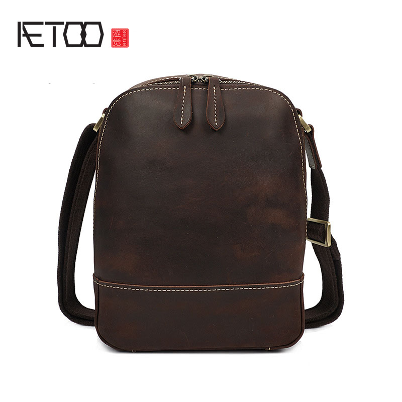 AETOO Leather men bag casual men Messenger bag vintage leisure shoulder chest bag 2017 new first layer of leather men retro bag men s leather oblique cross chest packs of the first layer of leather deer pattern men s shoulder bag korean fashion men s bag