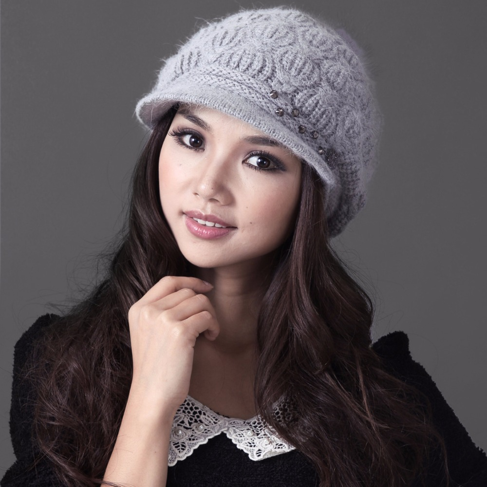 Charles Perra Women Winter Hats Caps With Pom Pom Warm Wool Knitted Hat Casual Fashion Elegant Beanies Skullies 2009 2016 new beautiful colorful ball warm winter beanies women caps casual sweet knitted hats for women outdoor travel free shipping