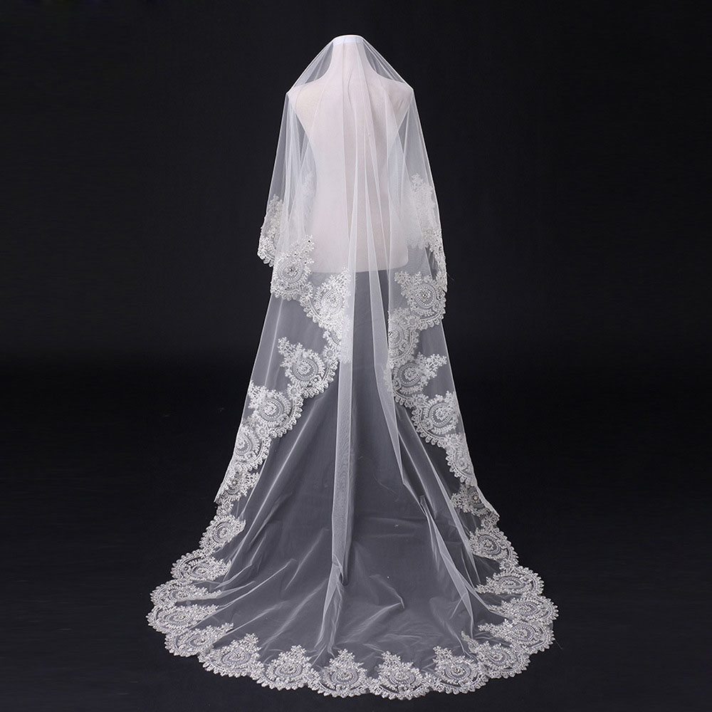 2019 Cathedra Lace Wedding Veil 3*3 Meter Bride Wedding Veil Lace Edge One Layer Bridal Veil With Combe Wedding Accessories