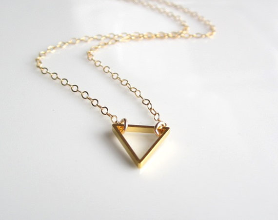 1PC Tiny Open Triangle Necklaces Outline Polygon Chevron Necklace Simple Geometric Cone V Shaped Chain Necklaces for Women