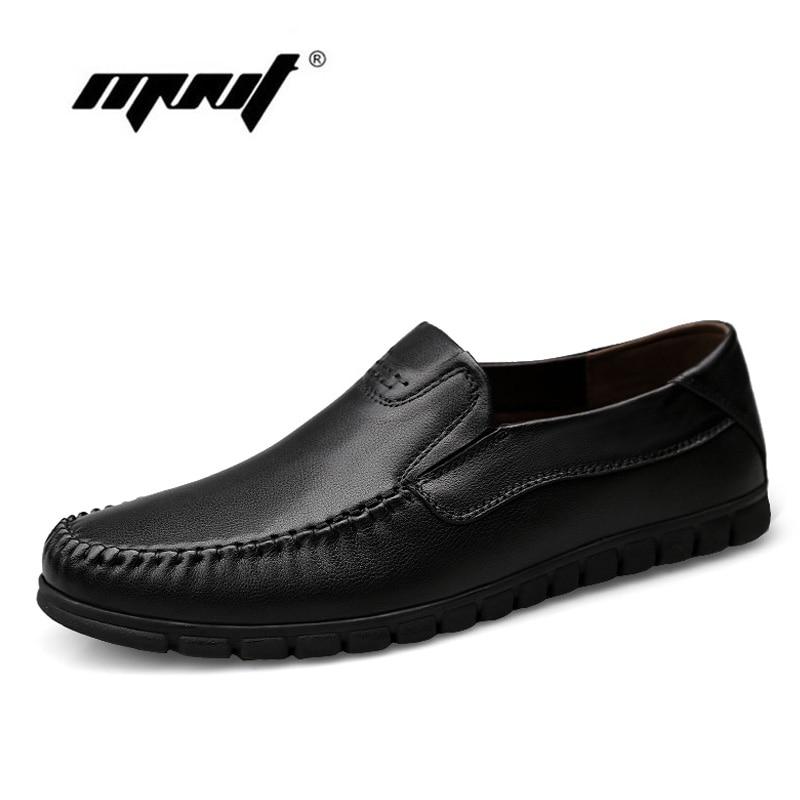 تنفس جلد البقر الرجال الشقق أحذية جلد كامل زائد حجم الأزياء والأحذية الرجال المتسكعون الاخفاف الرجال عارضة أحذية zapatos hombre