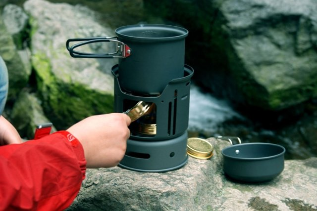 1-2 people camping pot 7pcs Camping Cook Set Cookware Alcohol Stove 600g CW-C01 цены онлайн