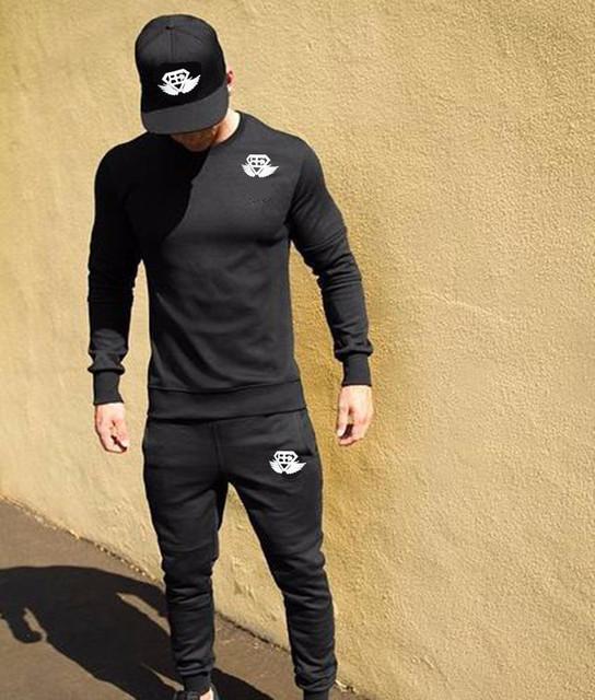 VENDA QUENTE 2016 Nova Marca de Moda Homens Roupas de Cor Sólida LongSleeve Slim Fit T Camisa CottonT-Camisa Dos Homens Camisas Casual T M-XXL