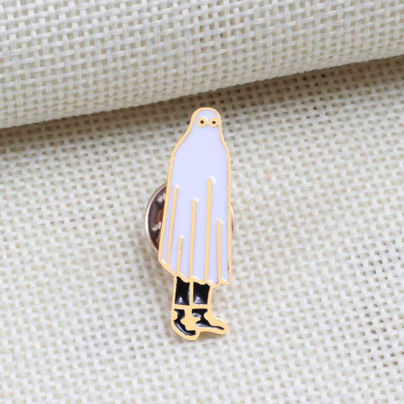 Lucu Pin Bros Lencana Hantu Jas Hujan Orang Kotoran Otak Enamel Pin Awan Putih Jaket Kemeja Denim Perhiasan Hadiah Grosir