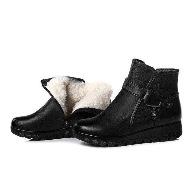 ee4cd42cd 2018 nueva resistente al frío mantener cálido terciopelo lana invierno botas  de mujer plana antideslizante