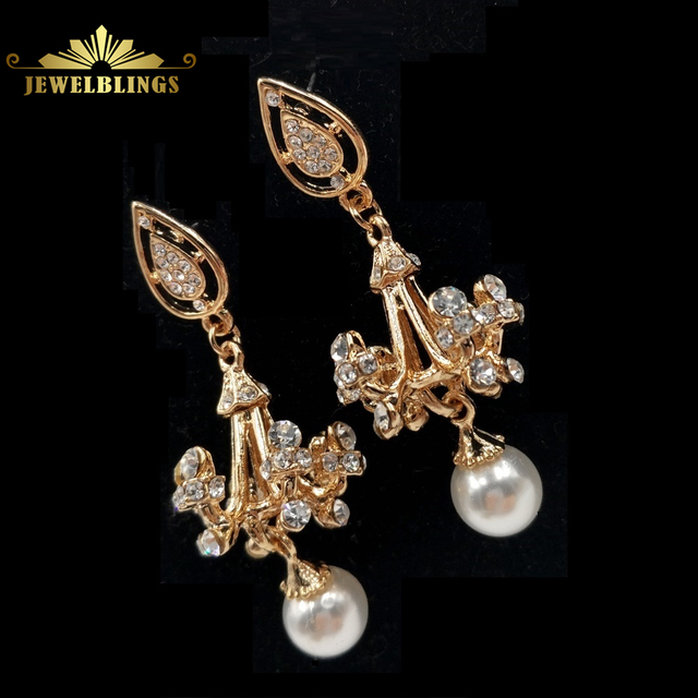 Celebrity Style Imitated White Pearl Crystal Chandelier Earrings Gold Tone Scroll Round Cut Deco Wedding