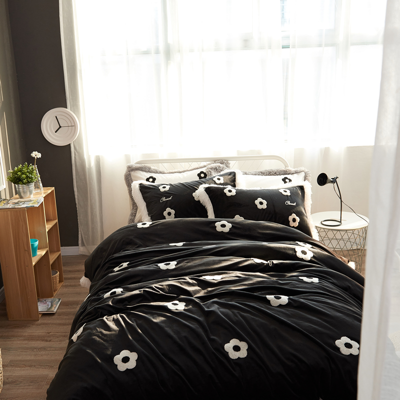 Baby class velvet Flannel camellia Bedding set warm Fleece Towel embroidery Duvet cover set Bed Sheet