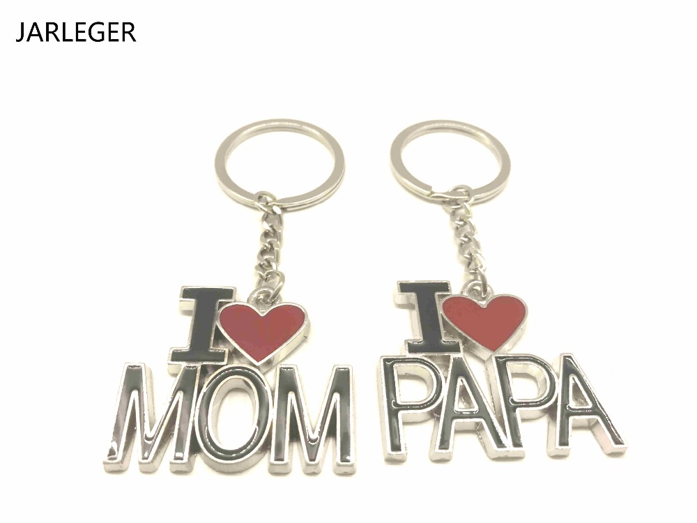 Exquisite creative metal car ring I love Mom and Dad Keychain Mothers Day Fathers Day Gift car styling For Volkswagen Golf