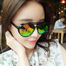 2017 New Fashion Color Film Sunglases High Quality Popular Sun Glasses for Women