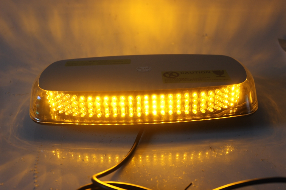 Waterproof Car LED Strobe Light Car Flashlight Car Traffic Light High Quality Car LED Light with Magnet KF L3135