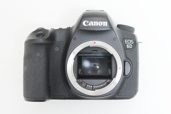 Canon 6D DSLR Camera Full Frame 20.2MP 3.0 LCD Full HD 1080p Video Wi Fi (Body only,Brand New)